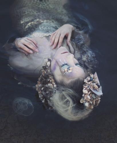 10 artystyczna-sesja-zdjeciowa-poza-rzeczywistoscia-Ezo-Oneir