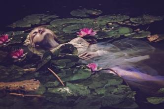 66 artystyczna-sesja-zdjeciowa-poza-rzeczywistoscia-Ezo-Oneir-surreal-photography