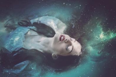 68 artystyczna-sesja-zdjeciowa-poza-rzeczywistoscia-Ezo-Oneir-surreal-photography