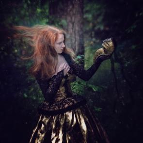 74 artystyczna-sesja-zdjeciowa-poza-rzeczywistoscia-Ezo-Oneir-surreal-photography